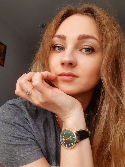 Купила часы почти полгода назад, очень довольна и ценой, и качеством