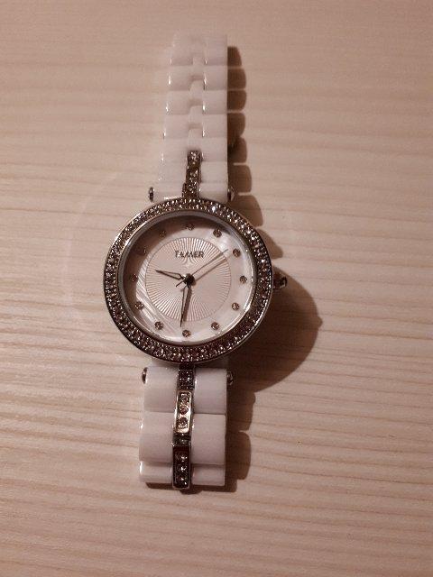 Часы с керамическим браслетом