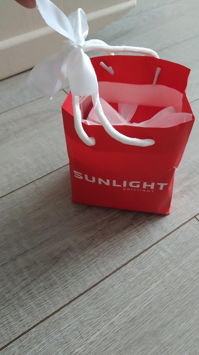 Покупала в подарок, сестра была в восторге)) выглядит классно