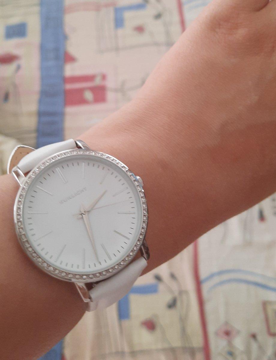 Часы,украшения