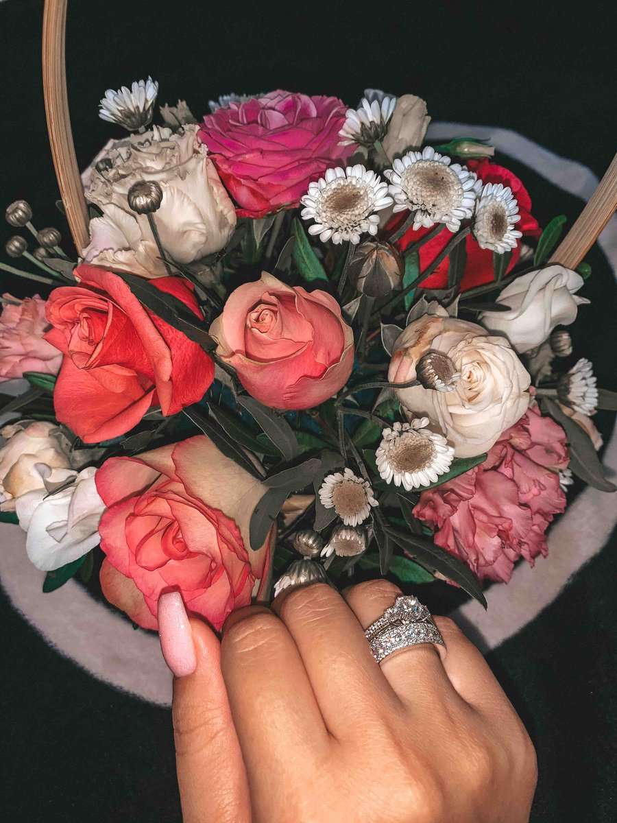 Потрясающе красивое кольцо!🖤