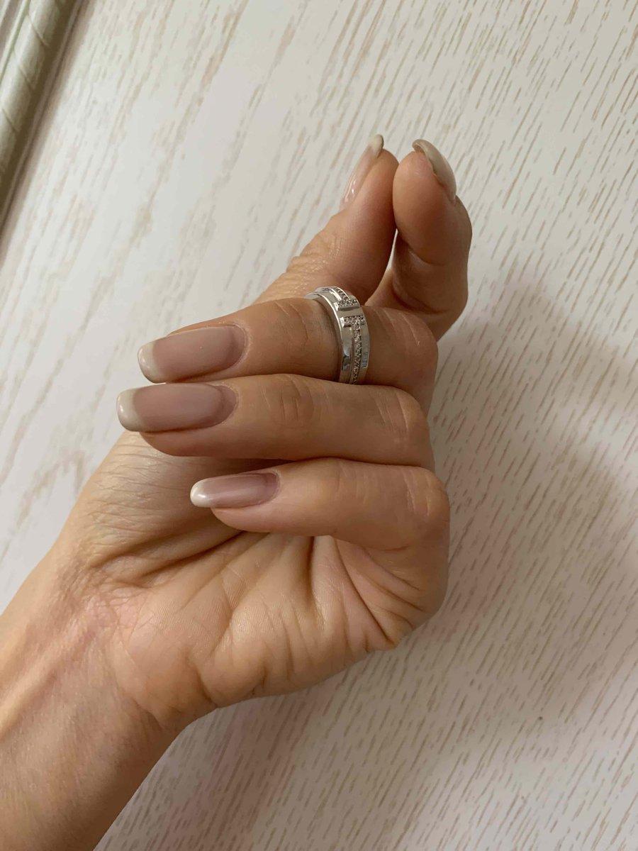 Очень стмпатичное кольцо