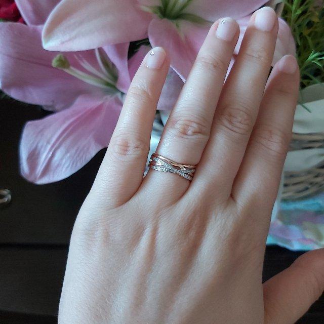 Кольцо с дорожками из бриллиантов