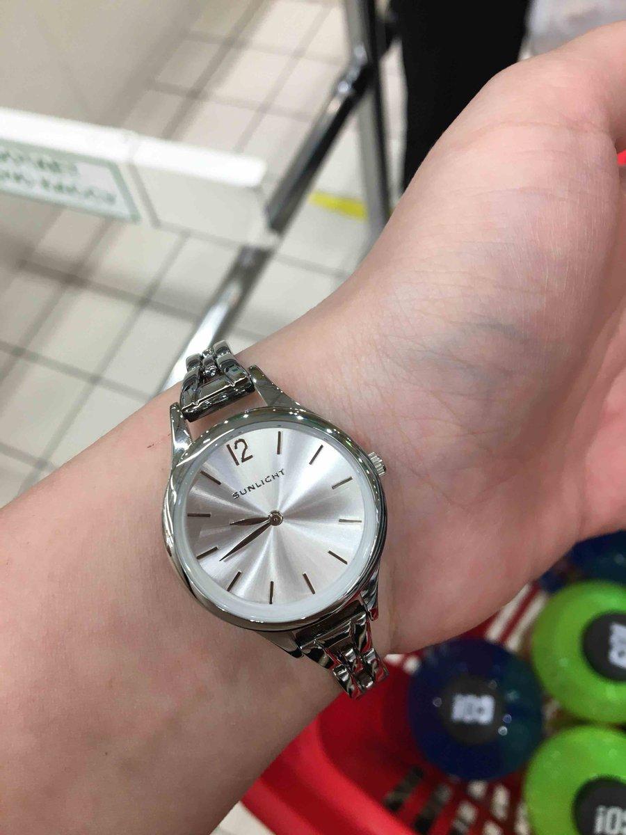 Прекрасные часы, брала себе, осталась очень довольна.