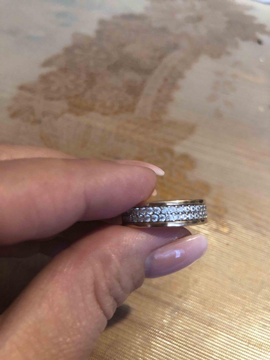 Серебренное кольцо с фианитами
