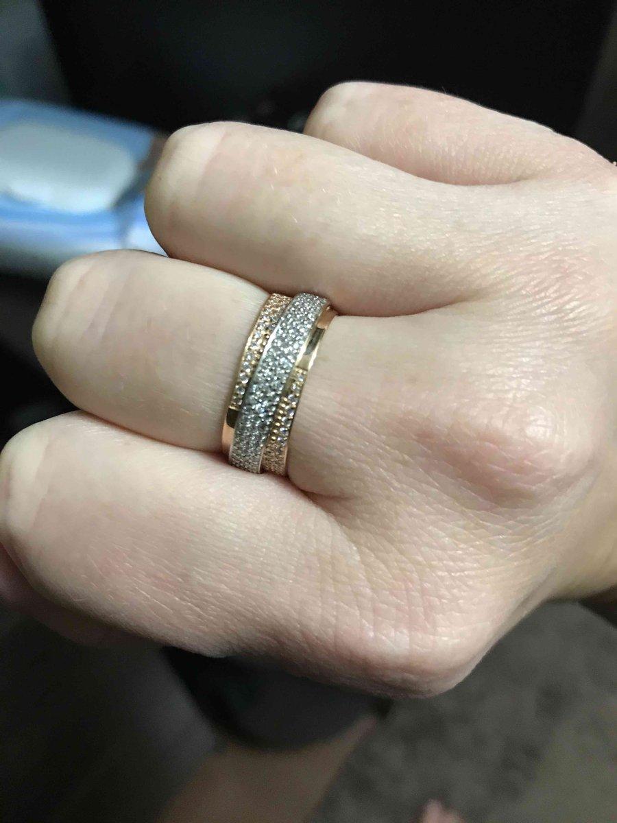 Шикарное, широкое кольцо