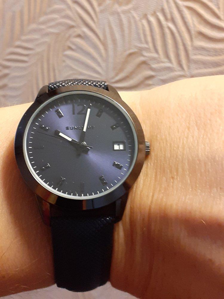 Очень люблю часы.