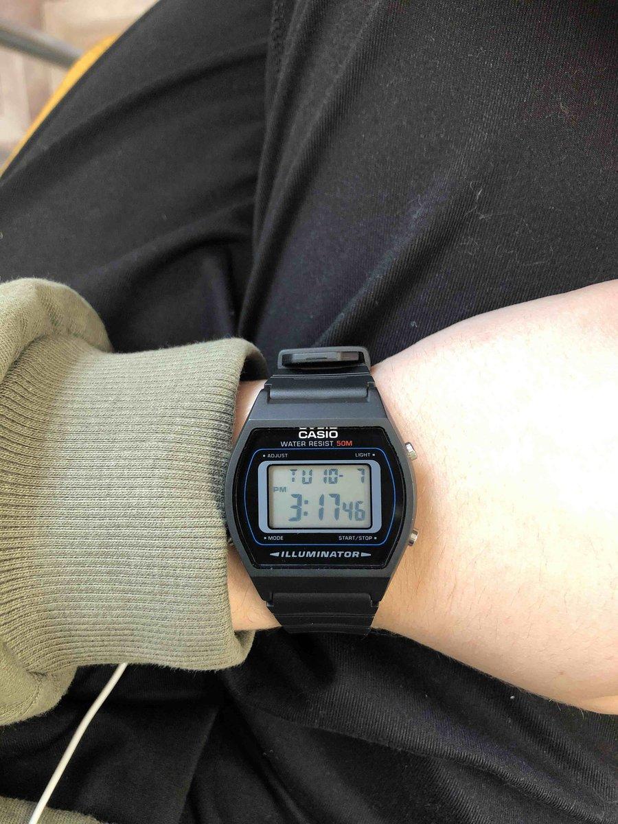 Если вы хотите совершить покупку часов, то рекомендую их