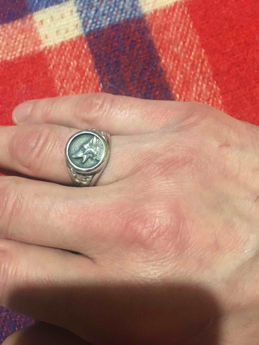 Заказал перстень