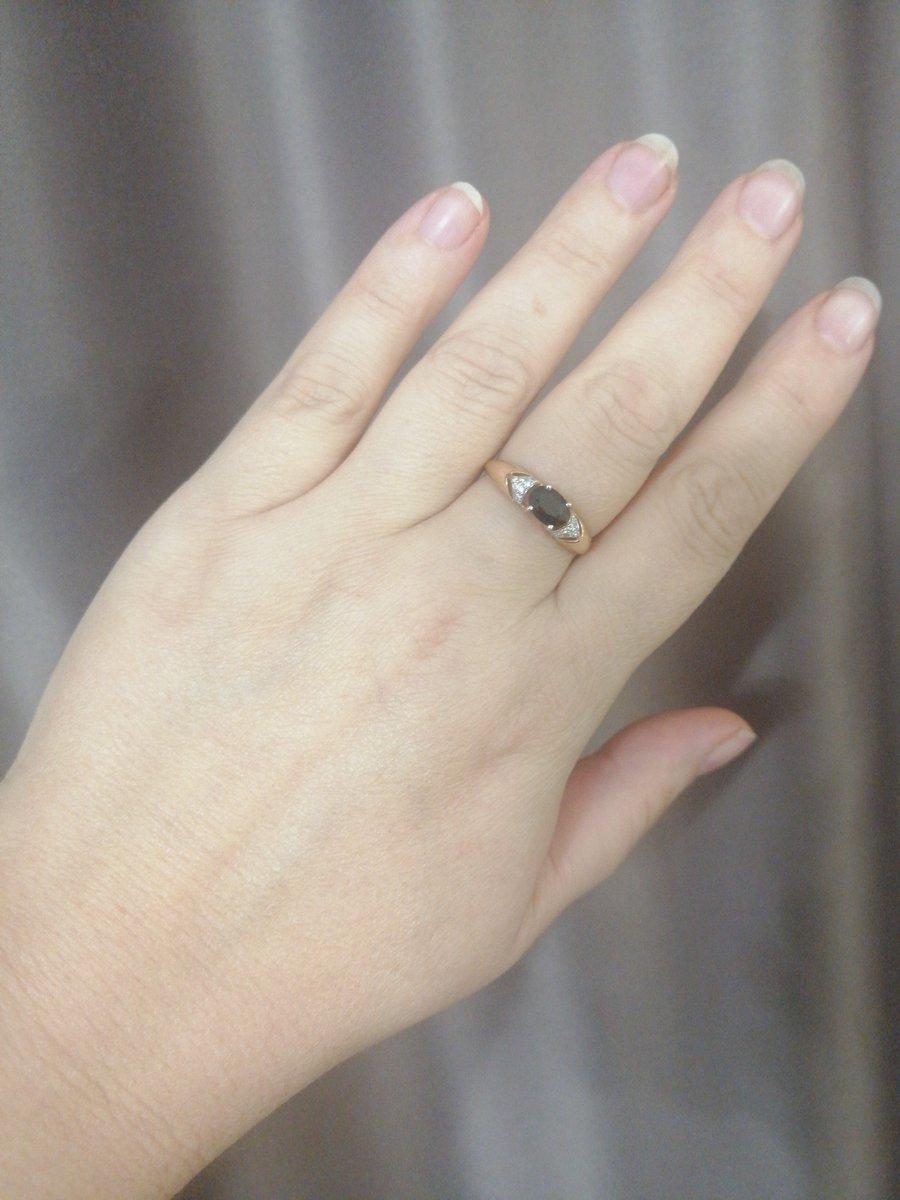 Серьги и кольцо для себя любимой😊