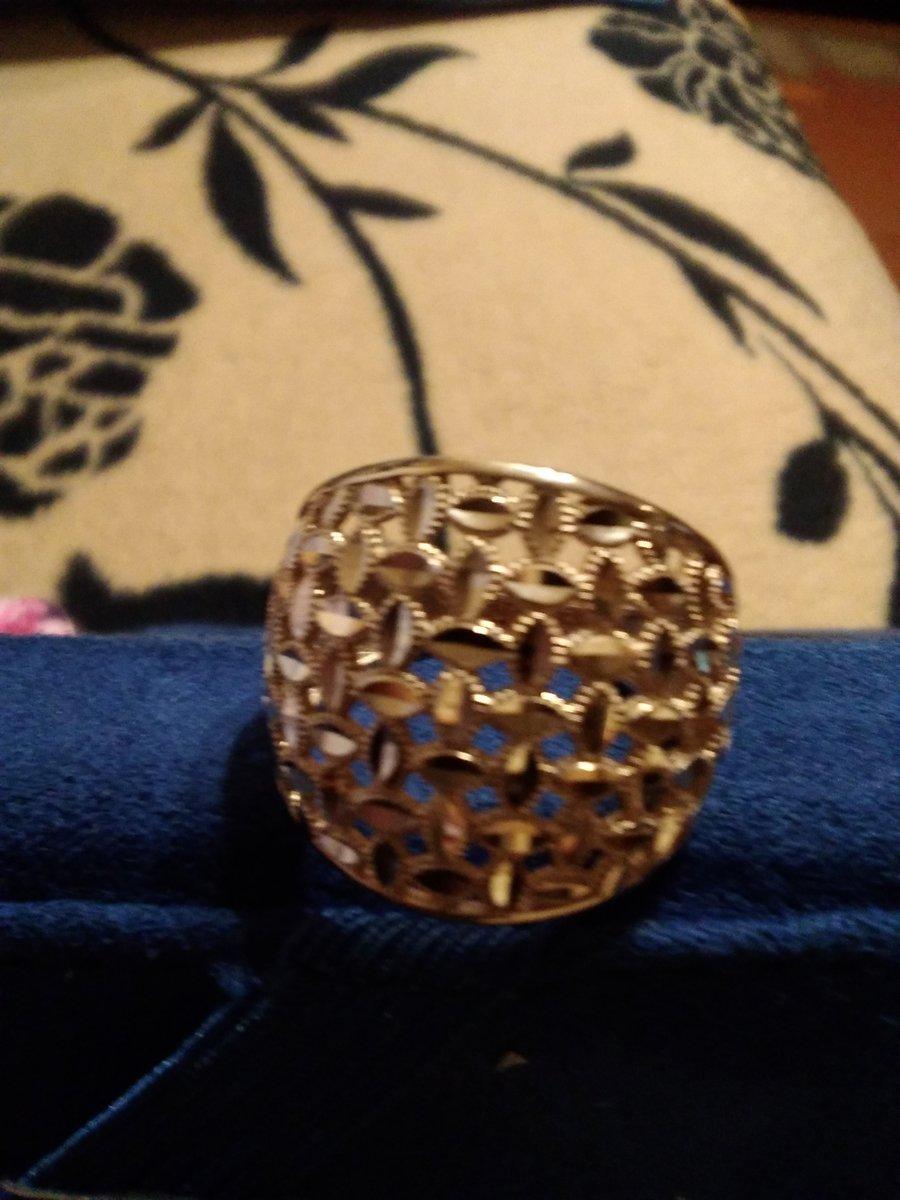 Золотое кольцо золотое сияние