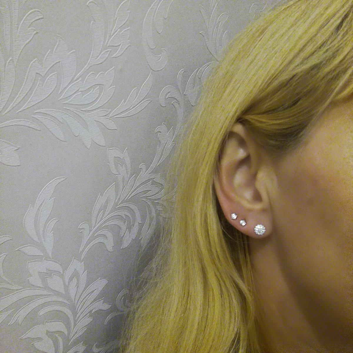 Серебряные звёздочки с фианитом