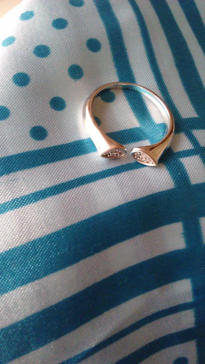 Современное кольцо.