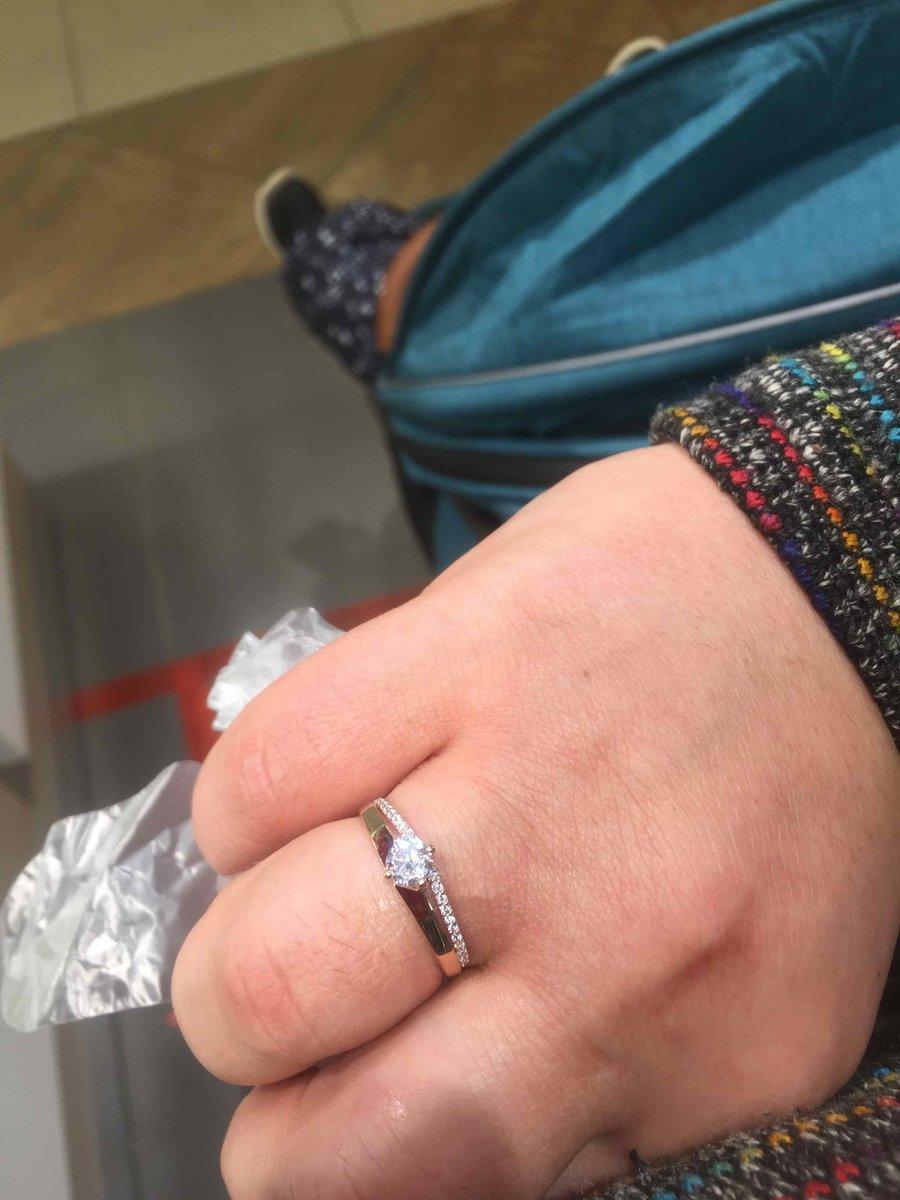 Кольцо очень удобное мне очень нравится
