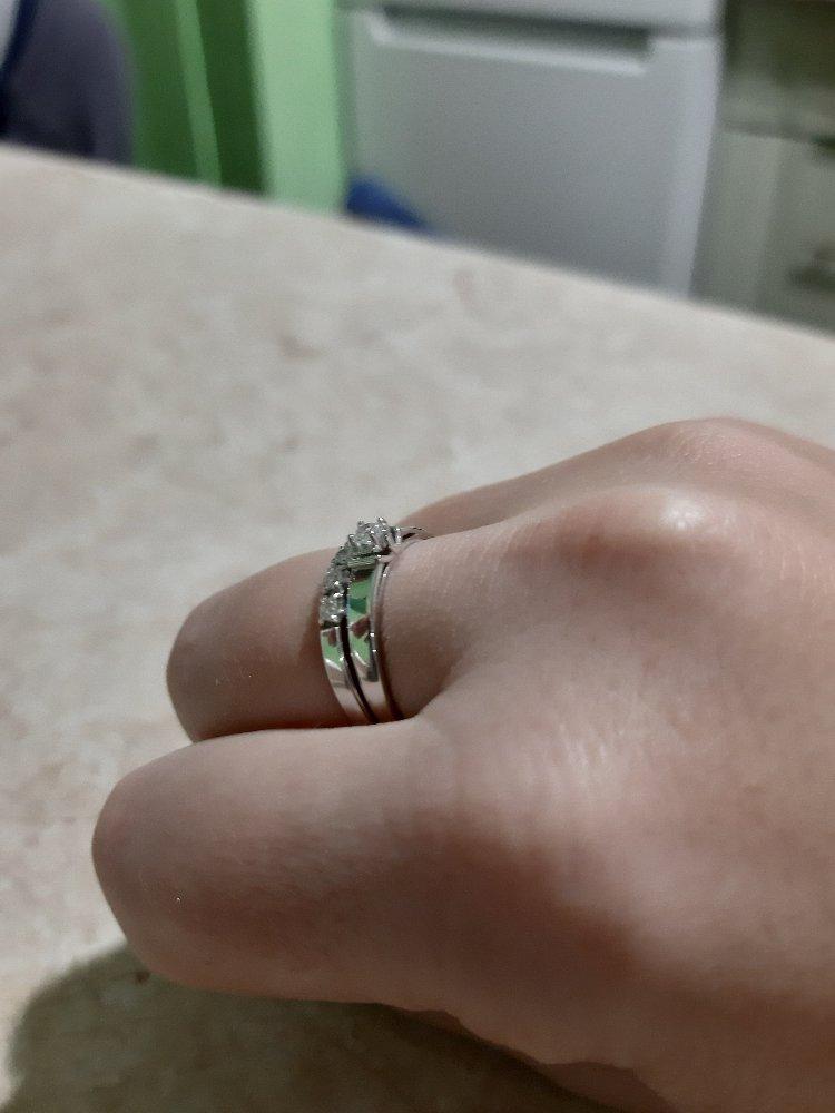 Кольцо с бриллиантом 🌺