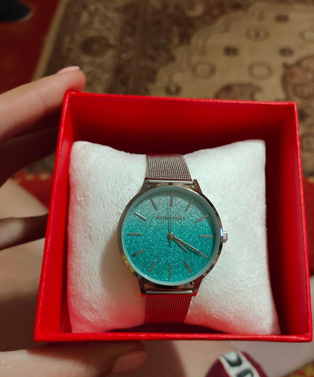 Часы безумно красивые