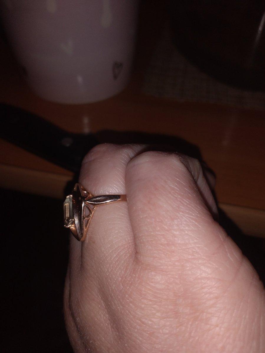 Отличный перстень!   в реальности токой же как на картинке!