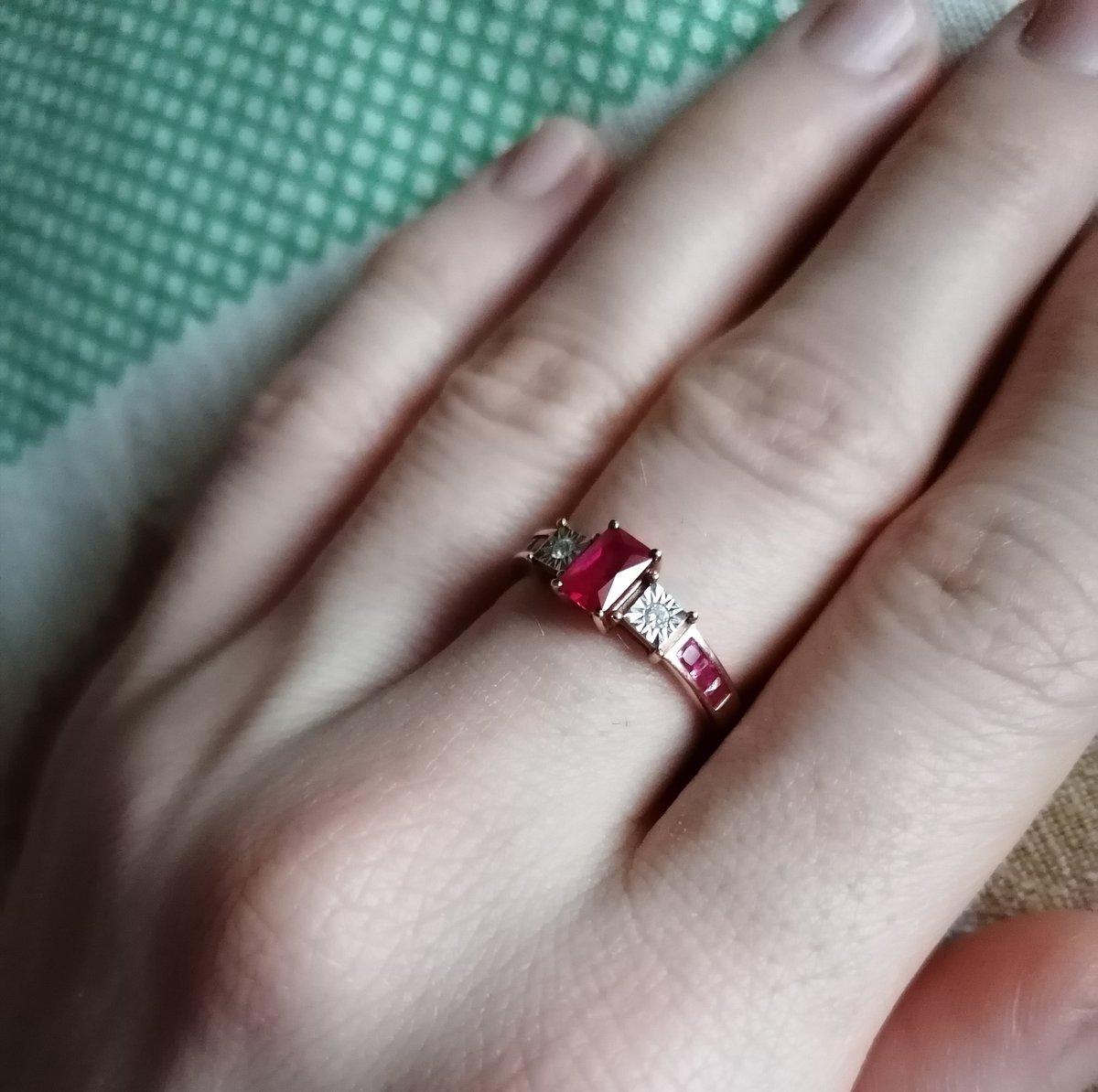 Стильное современное кольцо