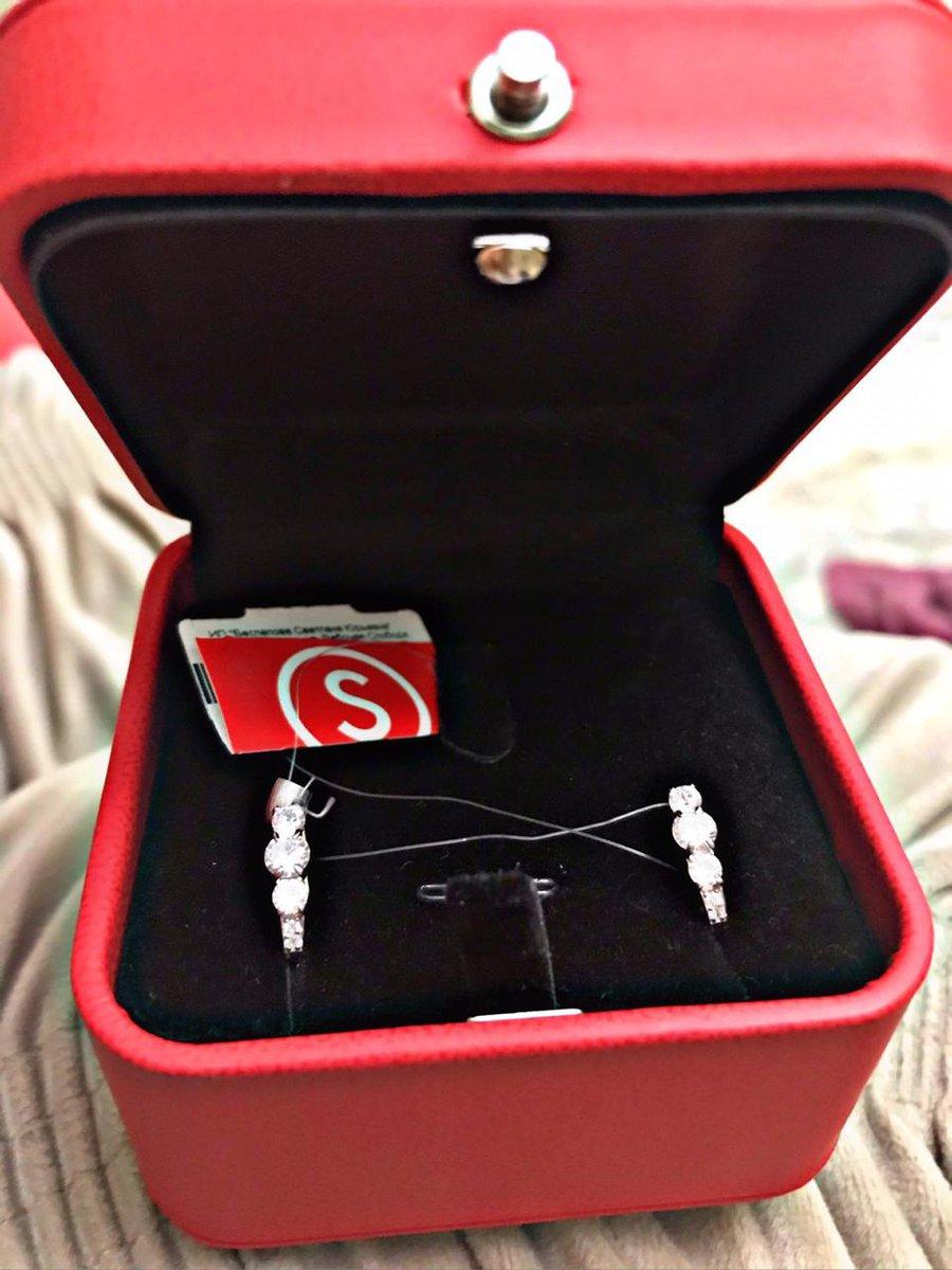 Серьги-лучшие украшения девушек,моя принцесса получила подарок на новый год