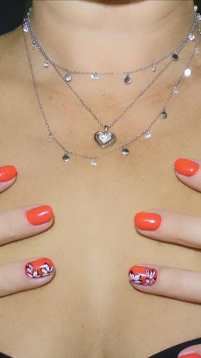 Самое шикарное шейное украшение)))