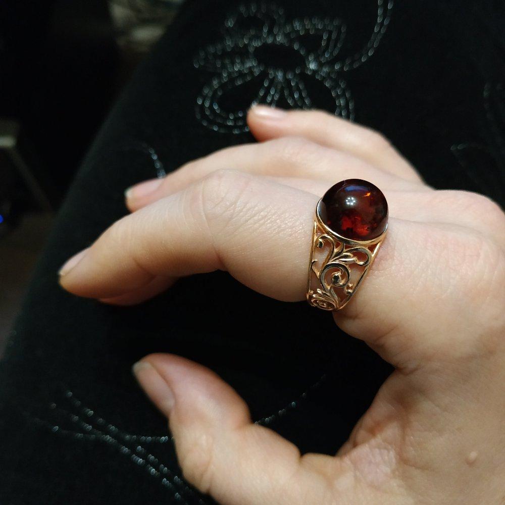 Прекрасное колечко с калиниградским янтарем