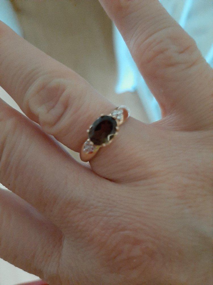 Кольцо розовое золото (серебро)  коричневый и прозрачные камушки