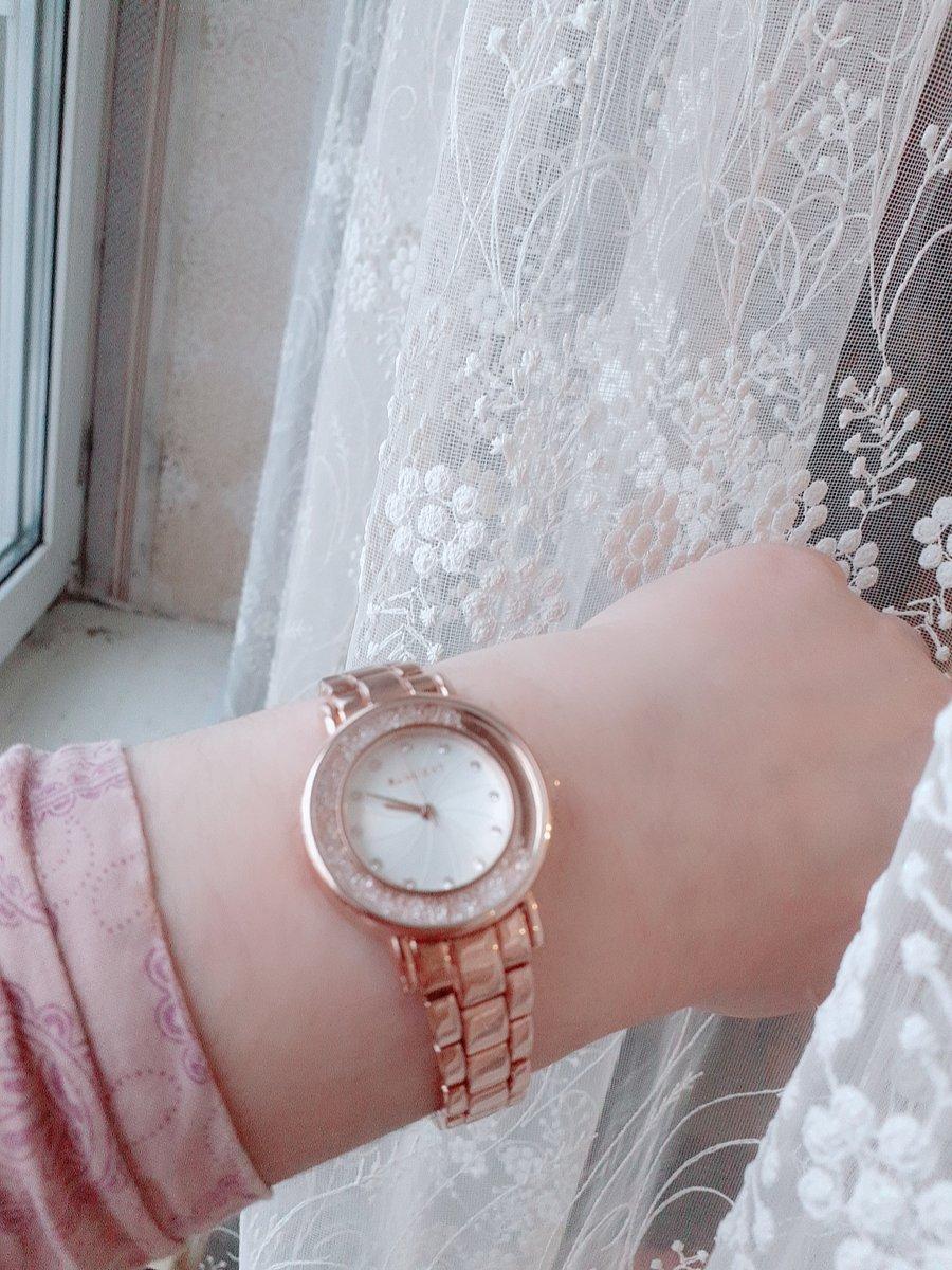 Стилные  часы 😍😍😍😍😍