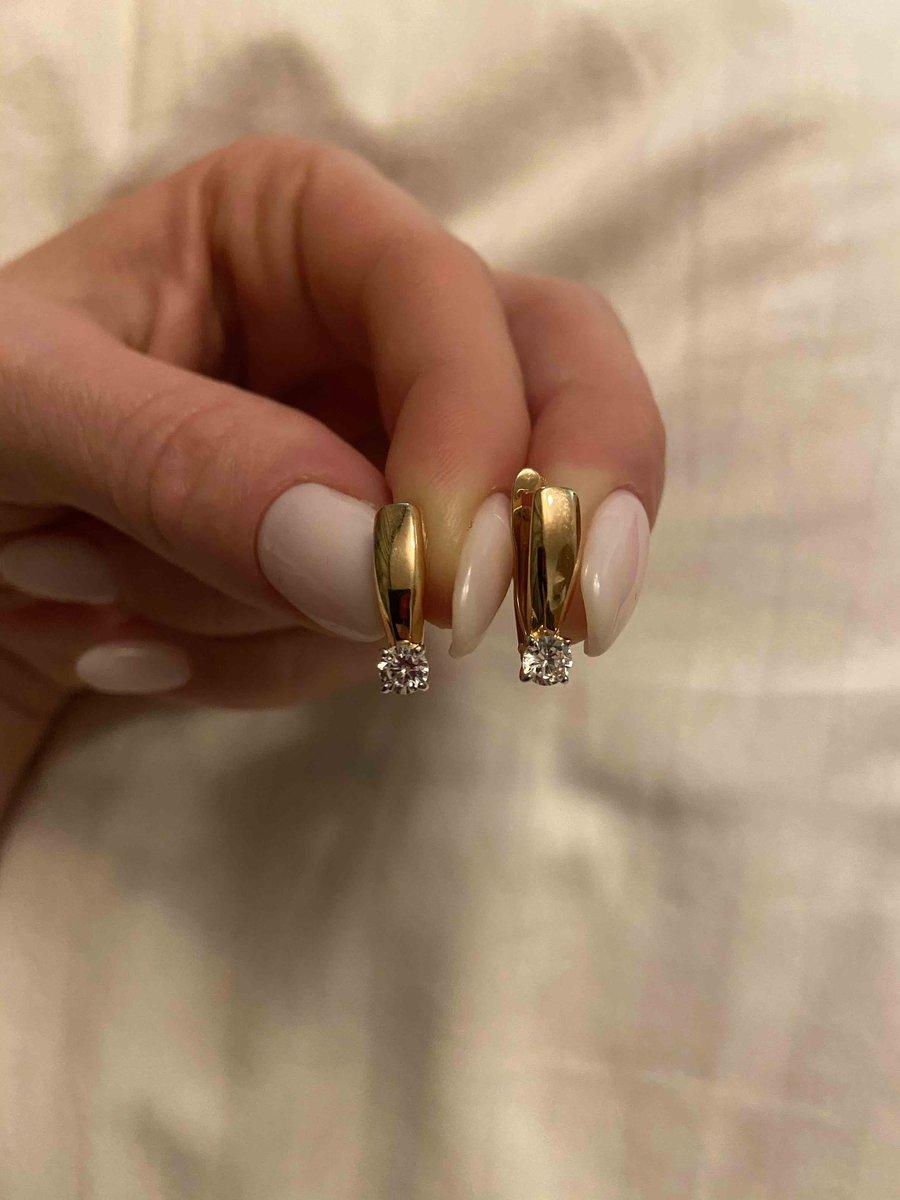 Серьги из розового золота с фианитами