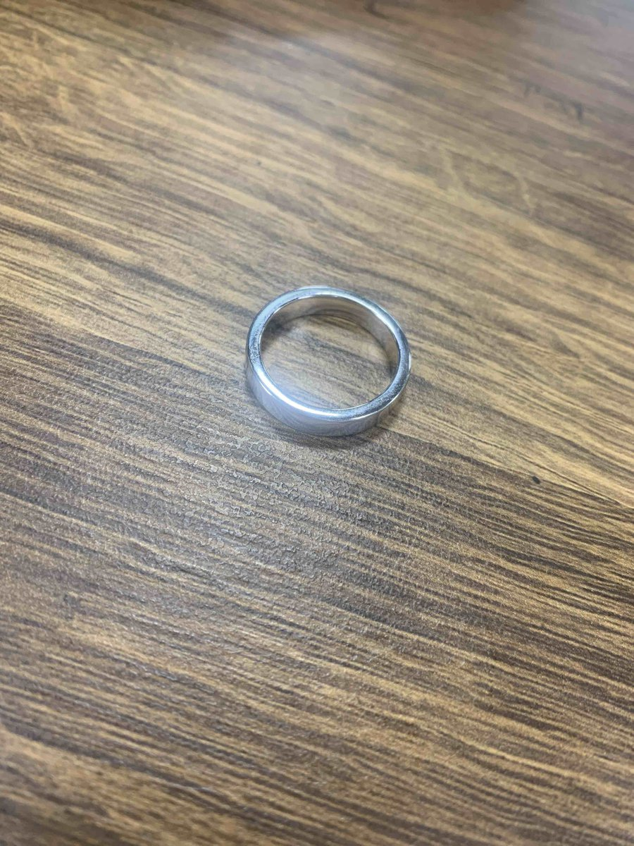 Красивое объёмное кольцо .