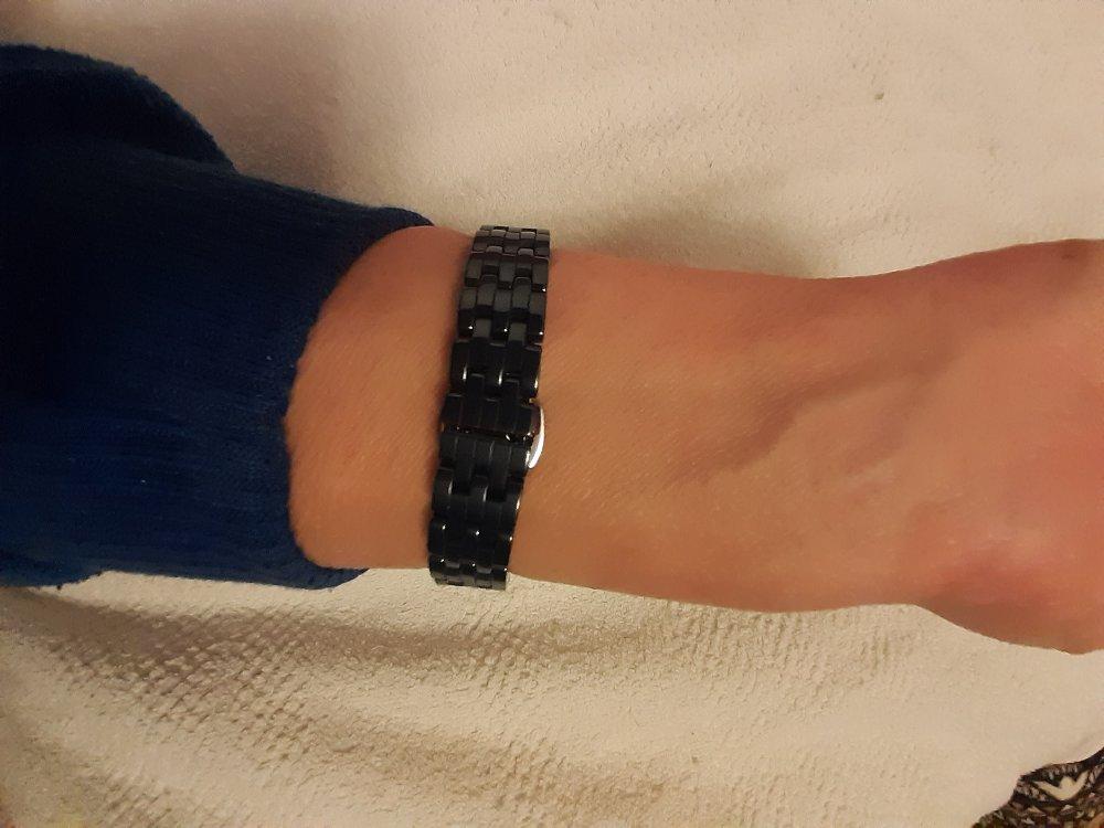Женские часы с браслетом из керамики
