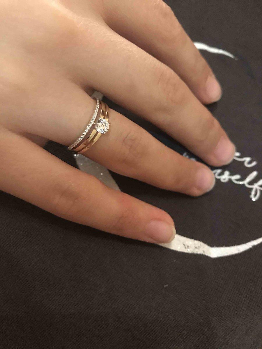 Кольцо  с фианитом очень красивое