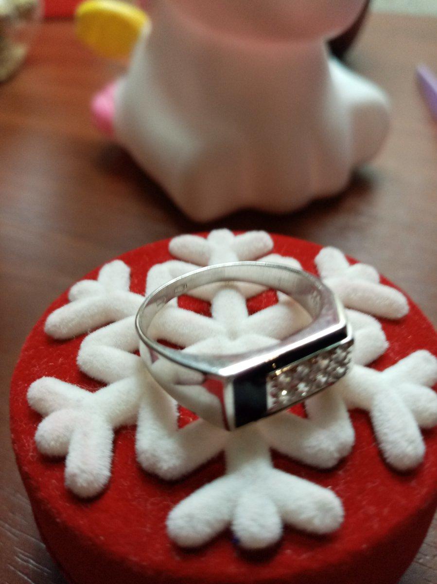 Кольцо мне очень понравилось стильная работа выглядит брутально сперски!!!.