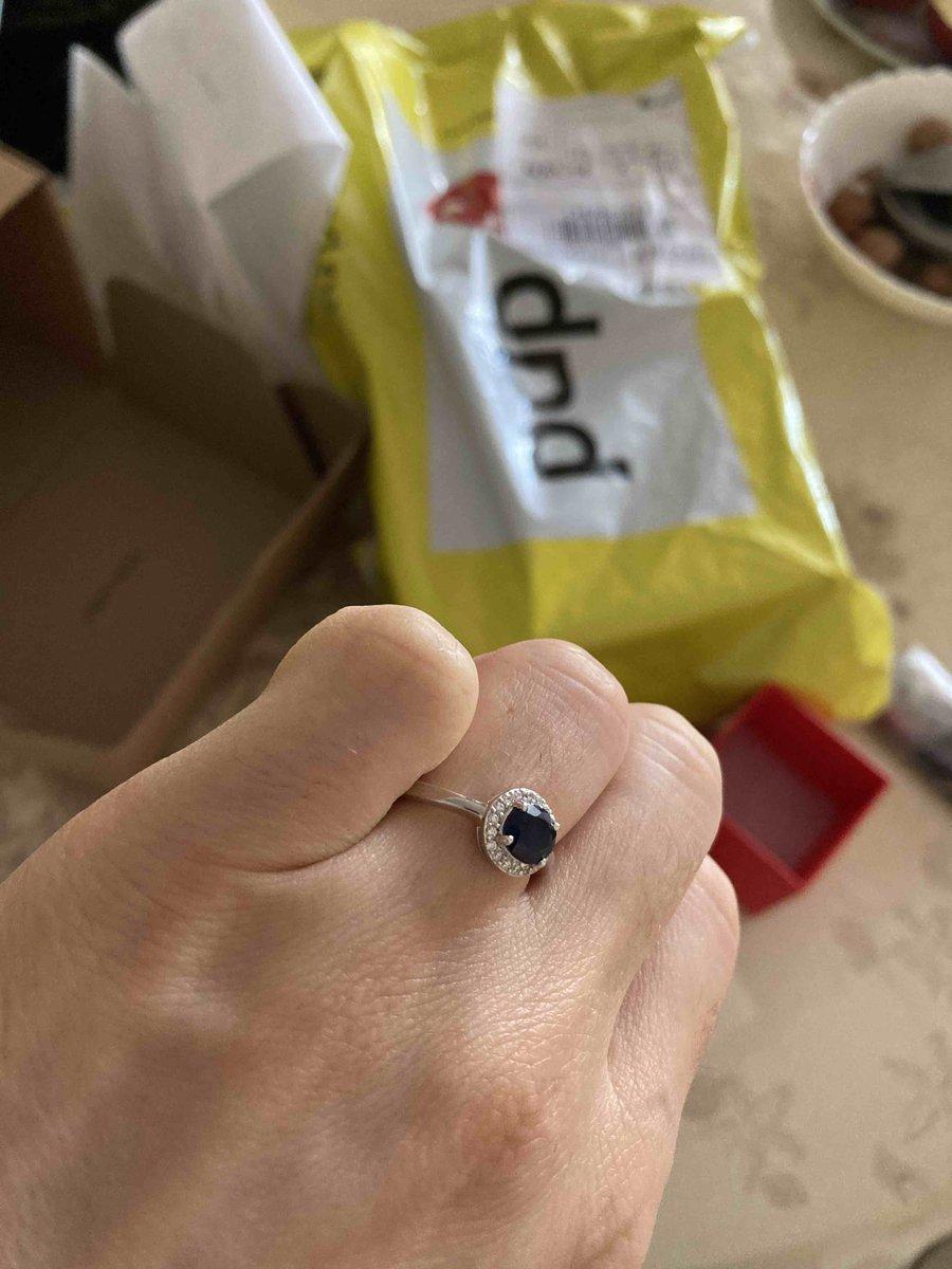 Кольцо серебряное с сапфиром диффузионным