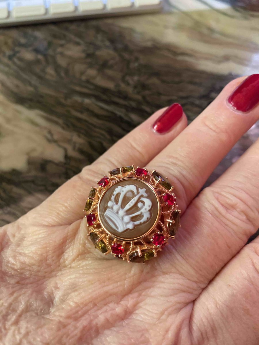 Очаровательные серьги и кольцо