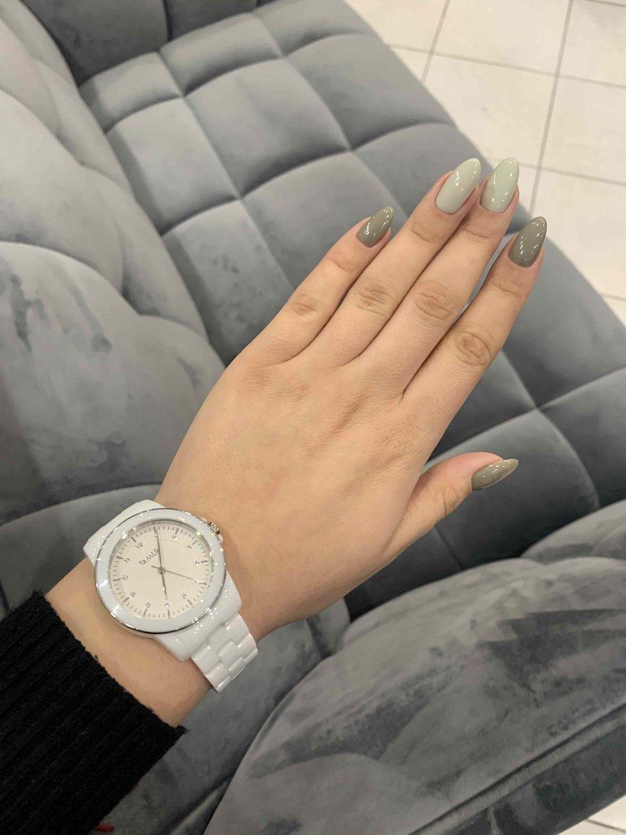 Белые часы 🤍