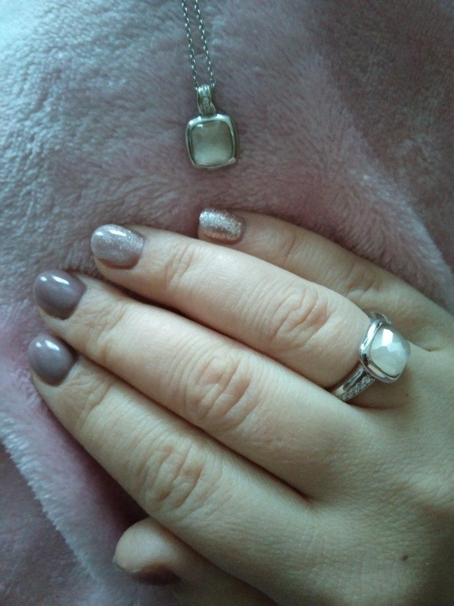 Сначало купила кольцо..и понеслось)))теперь у меня и подвеска💛