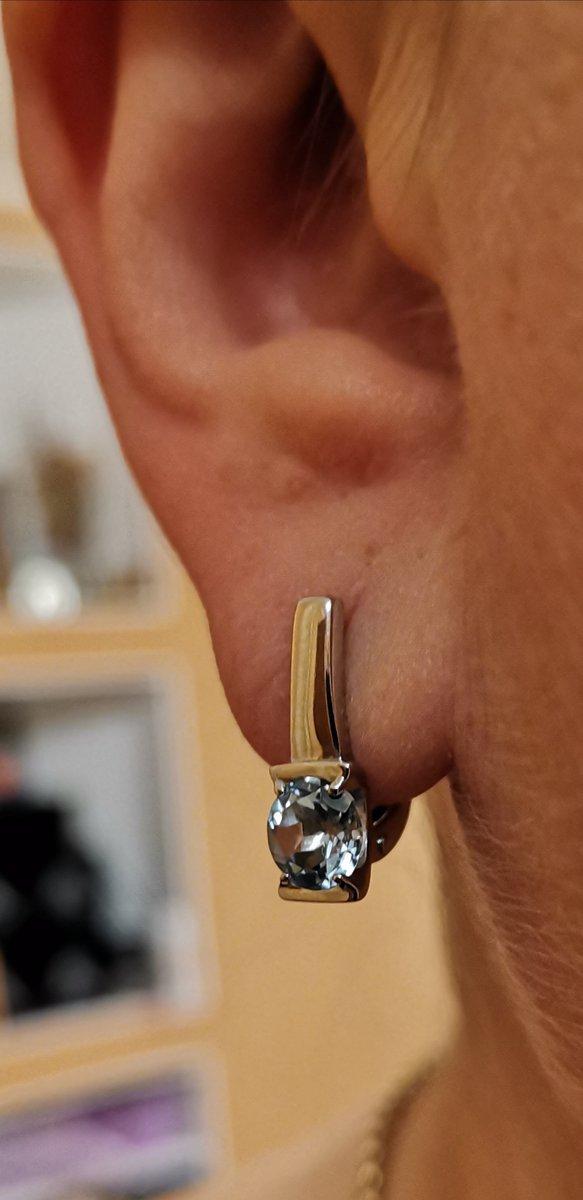 Спасибо за кольцо с нежным топазом!
