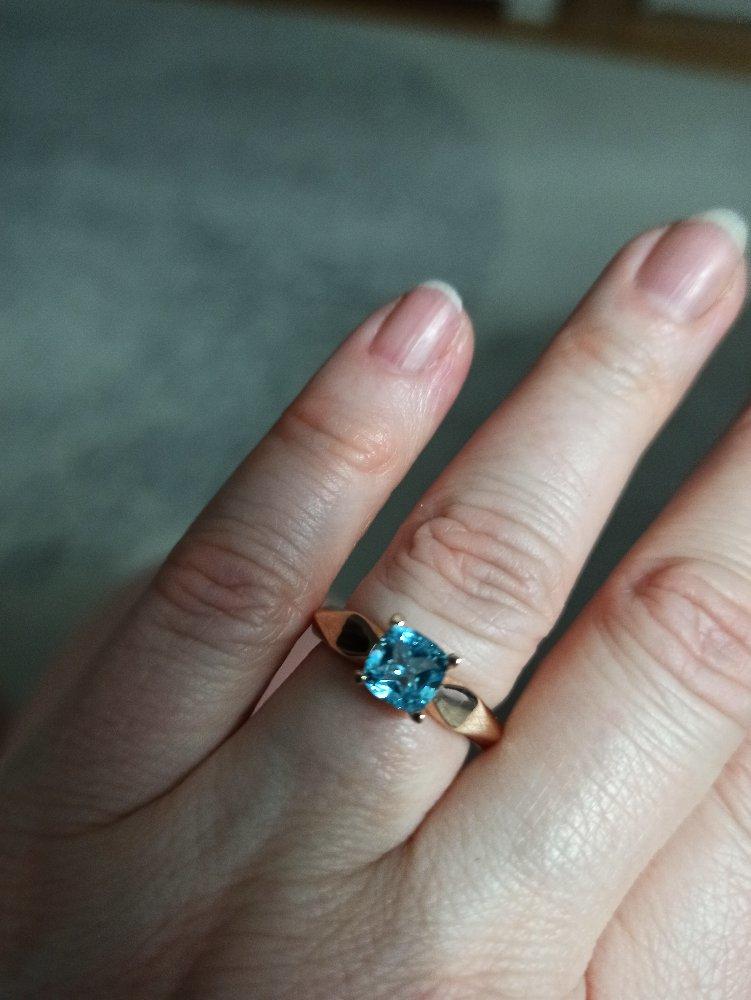 Сильное кольцо с топазом