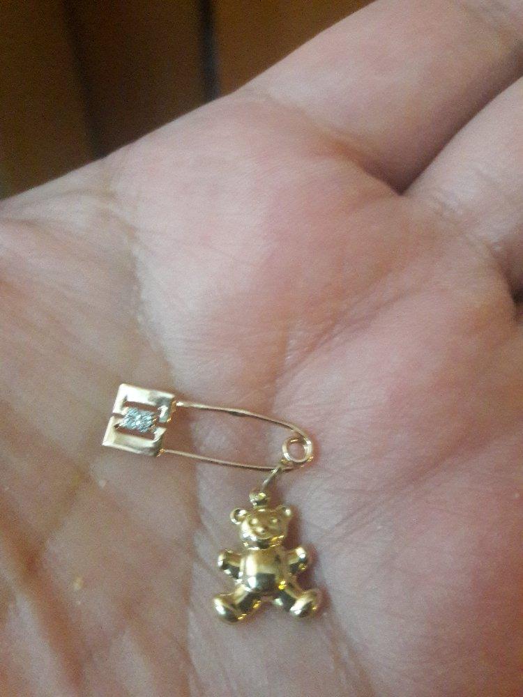 Отличная подвеска я искала именно такую на золотую булавку ушко крепкое !!!