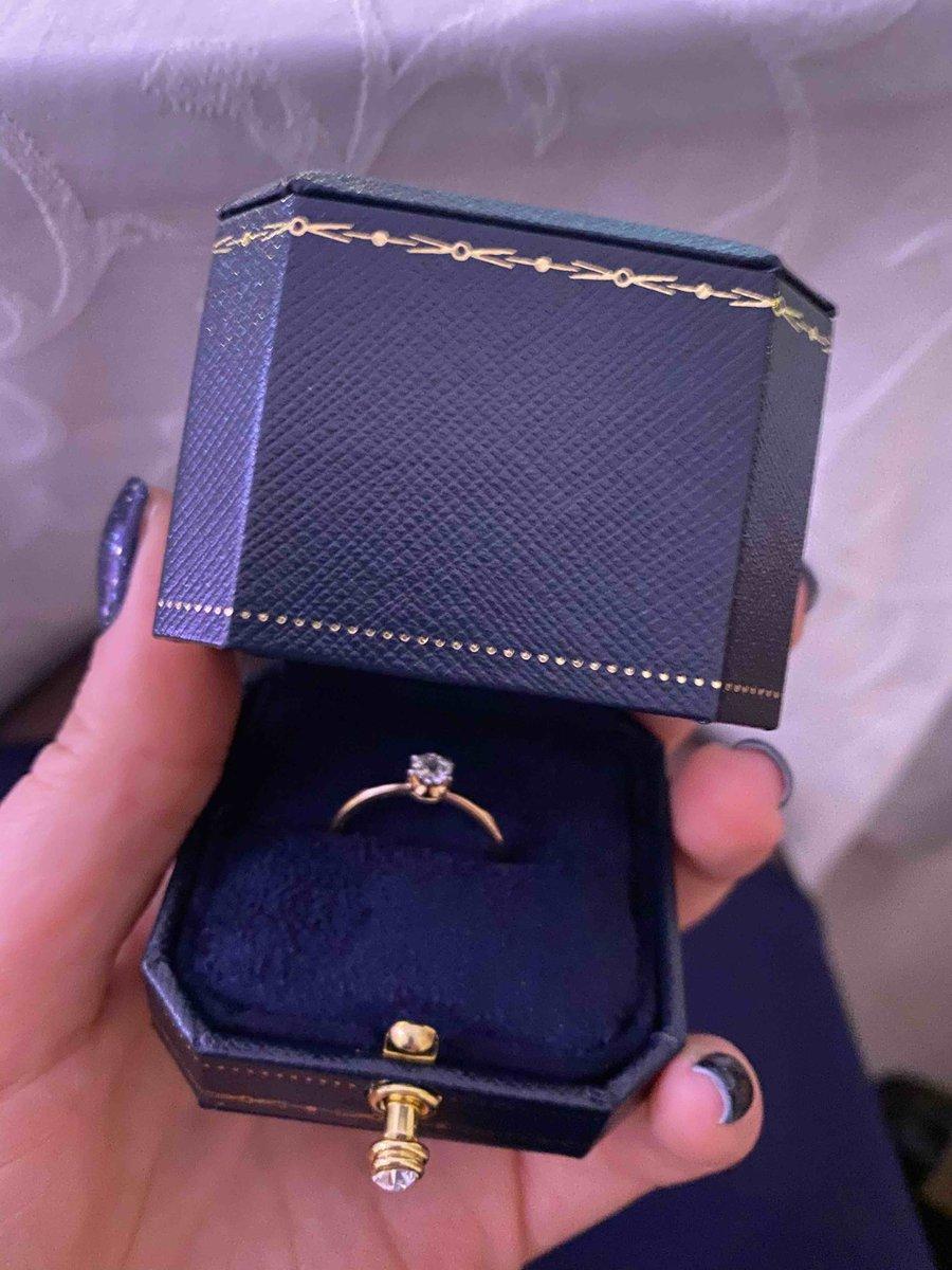 Кольцо для всех видов праздника))