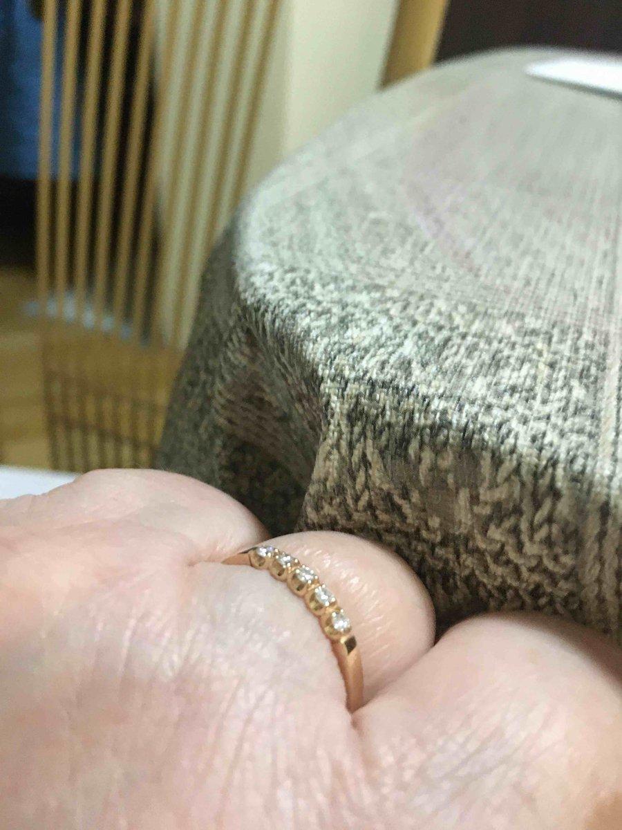 Очень милое и нежное кольцо, по размеру подошло отлично. спасибо продавцу!