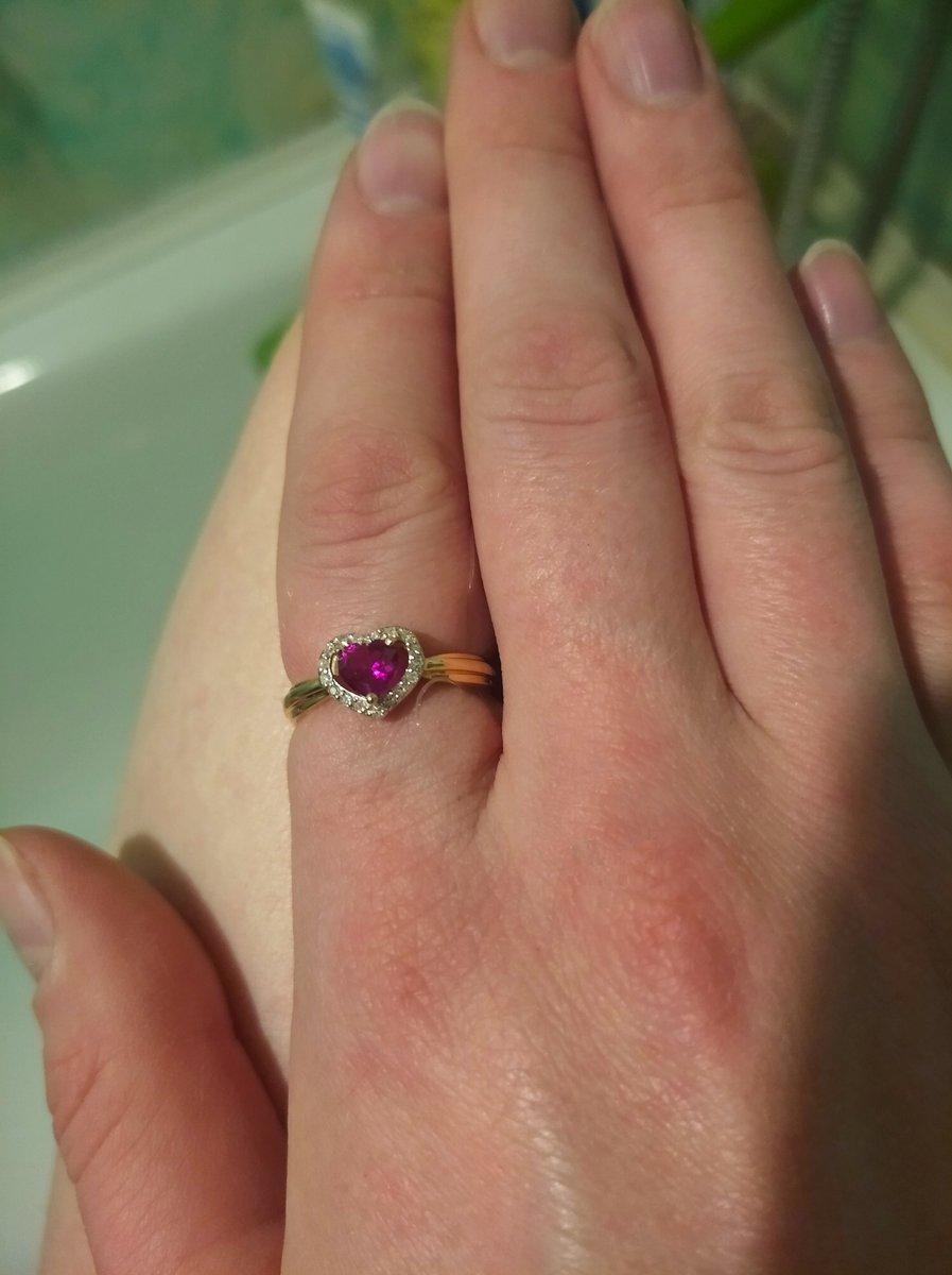 Кольцо с синт. рубином
