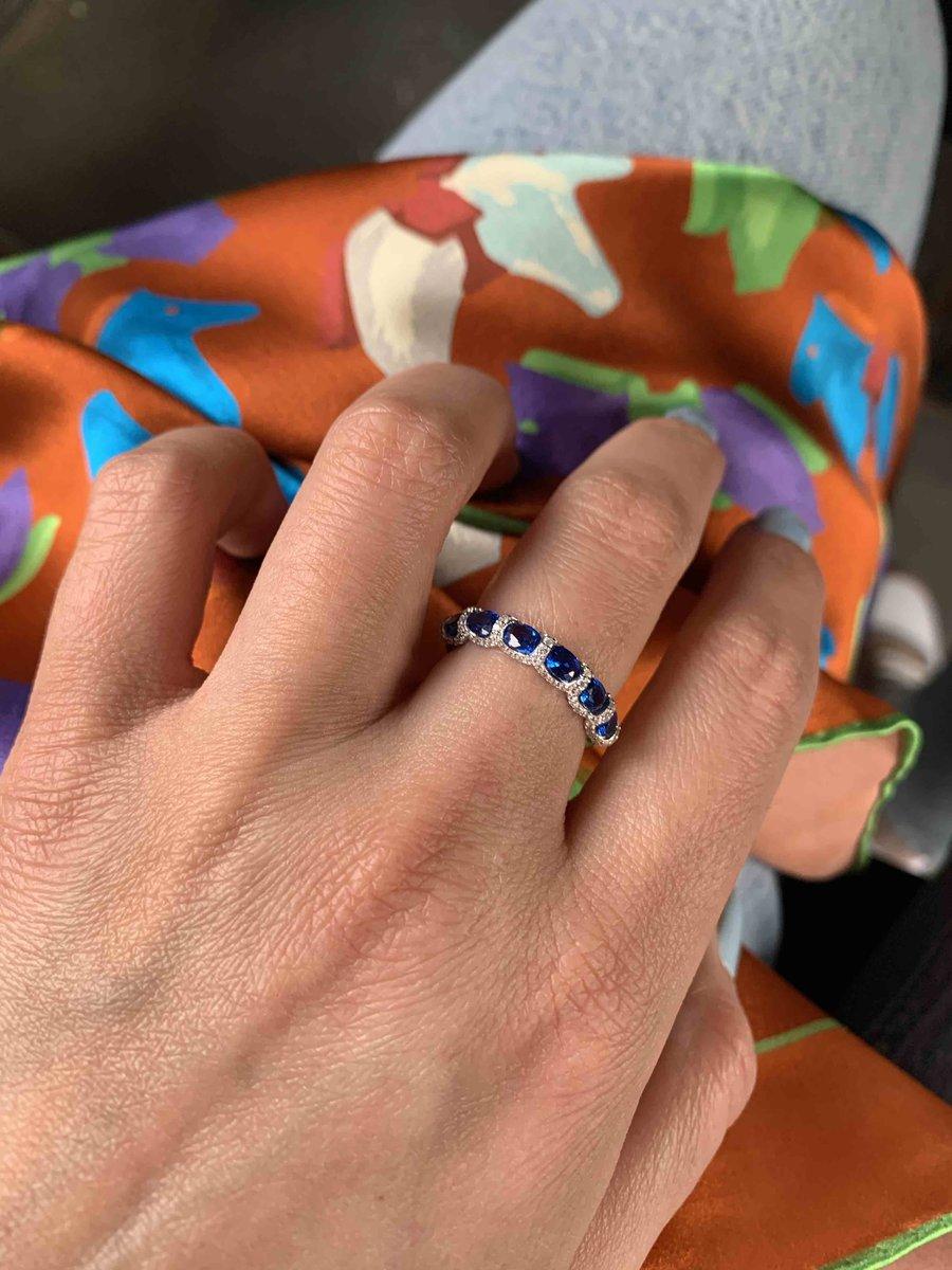 Это кольцо должно стоить больше!
