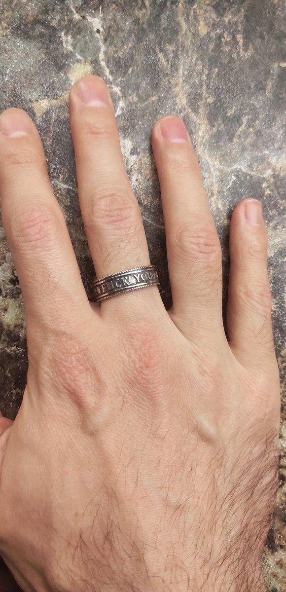 Кольцо для оригинальных и смелых