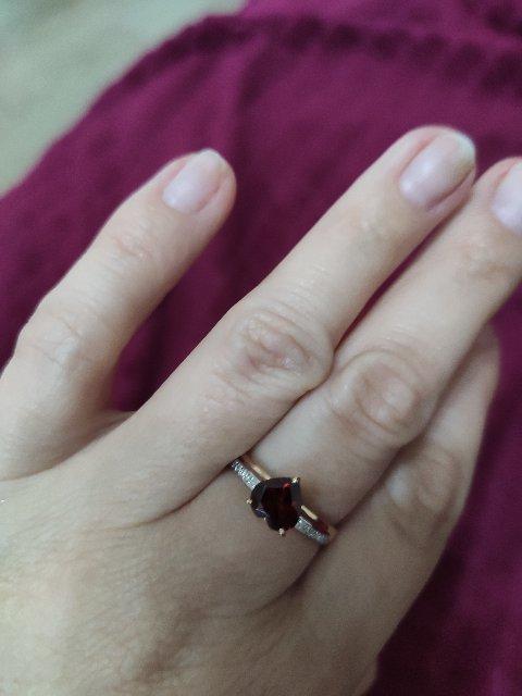 Прекрасное кольцо на розовую свадьбу