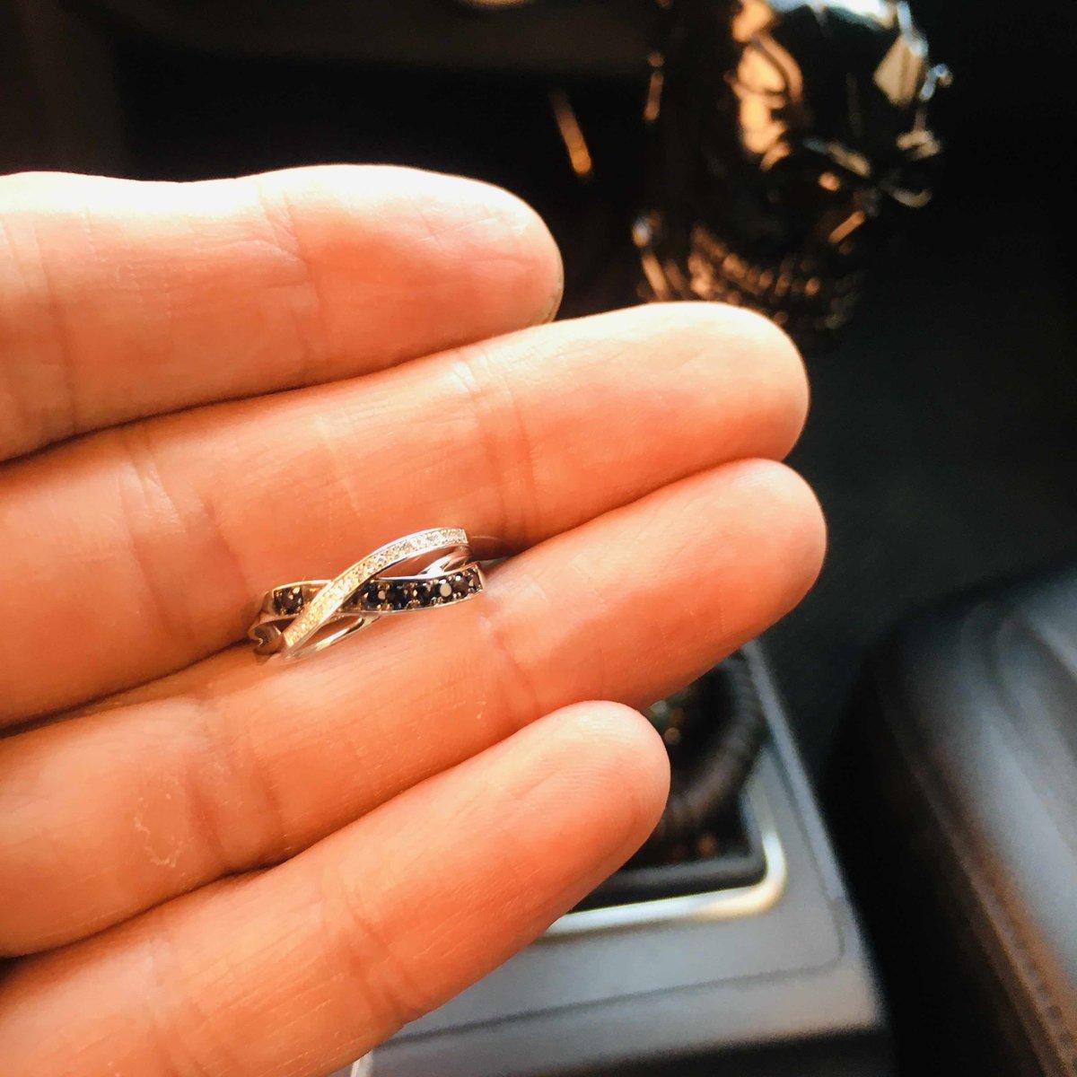 Кольцо с бриьчнтами и сапфирами