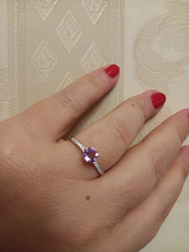 Золотое кольцо с аметистом очень порадовало меня!