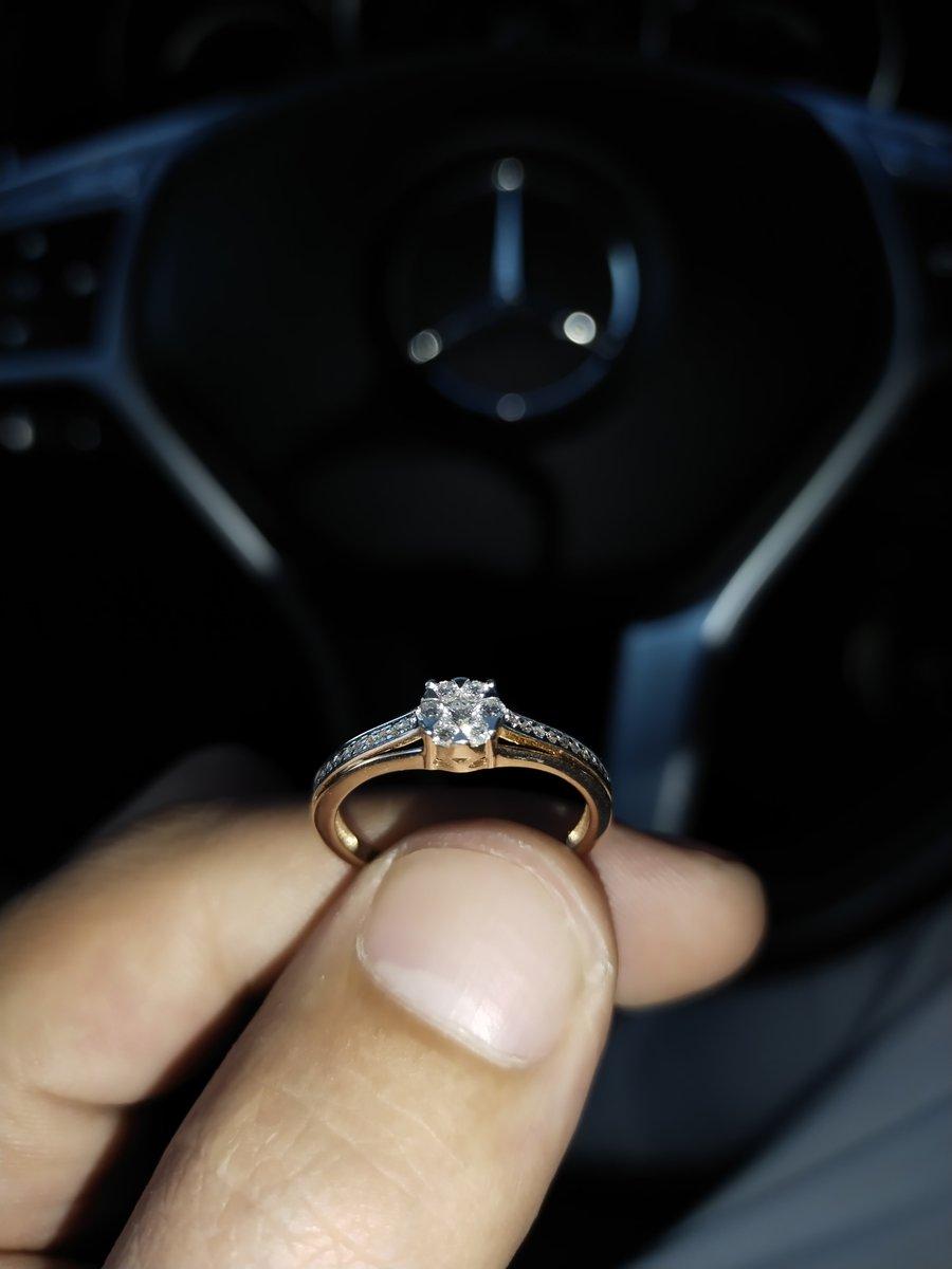 Подарок на день рождения мамы . Очень красивое кольцо ,рекомендую .Мамарада