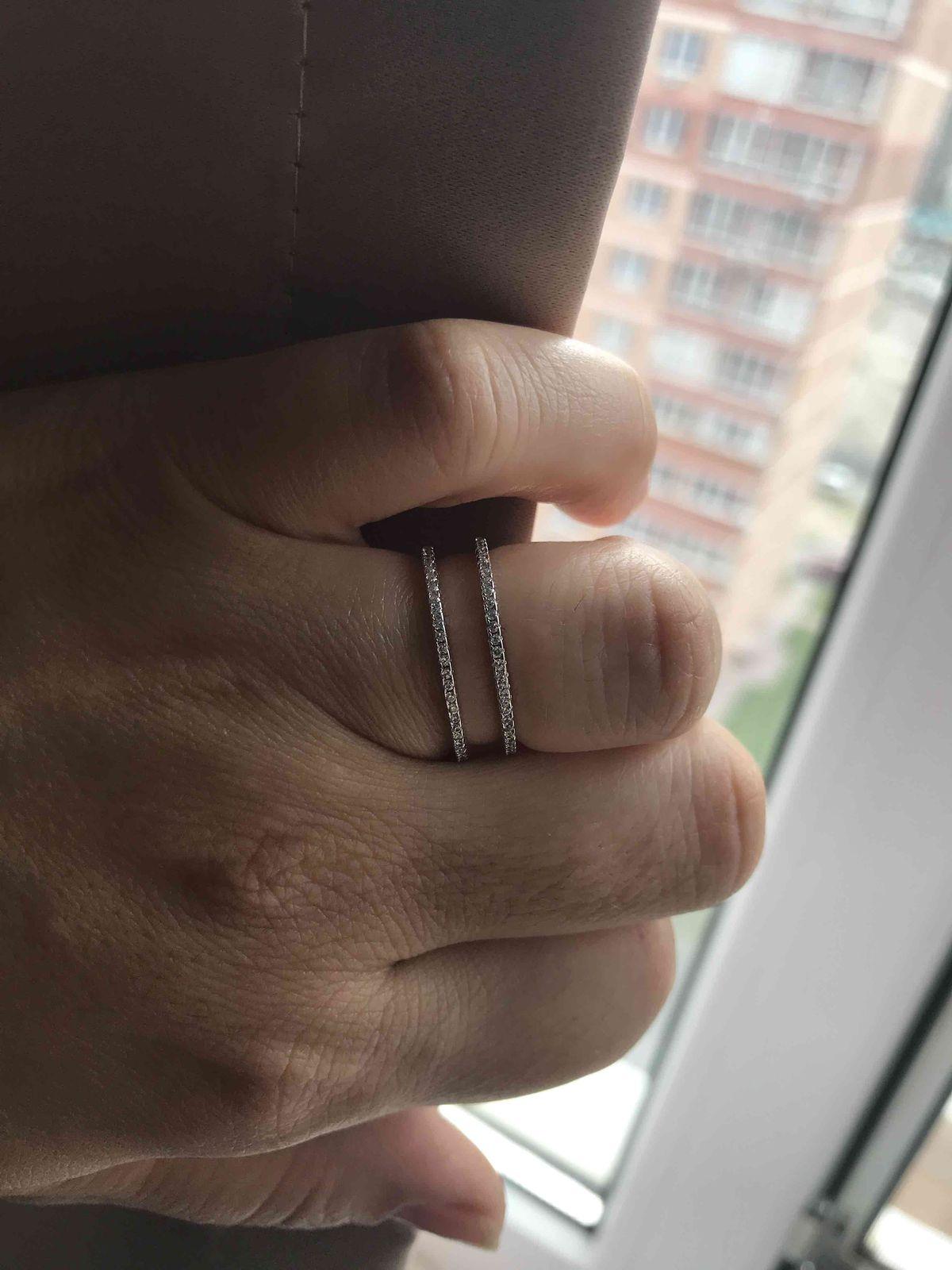 Прекрасное кольцо в современном стиле!