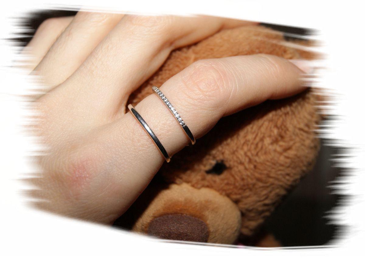 Серебряное кольцо с фианитами. Размер 17.